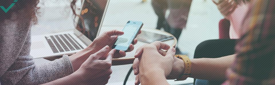 Il primo punto di riferimento è sapere chi sono i tuoi clienti, poiché i dati demografici influenzano la scelta delle diverse piattaforme di social media.