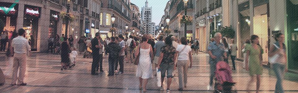Los españoles se gastan una media de 513 euros anuales por persona en internet.